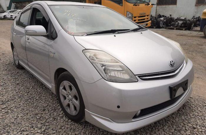 Toyota Prius 2008 год