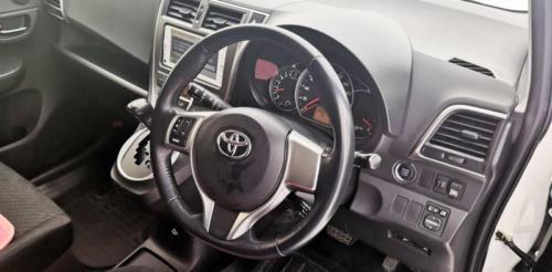 Toyota Corolla Rumion 2